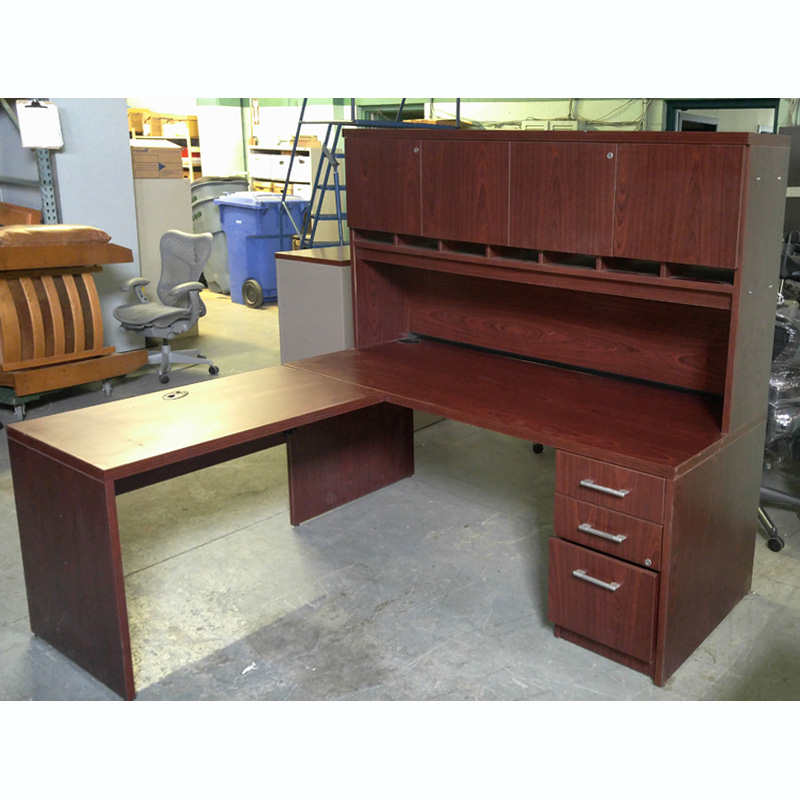 Bow Fronted L Shaped with Hutch